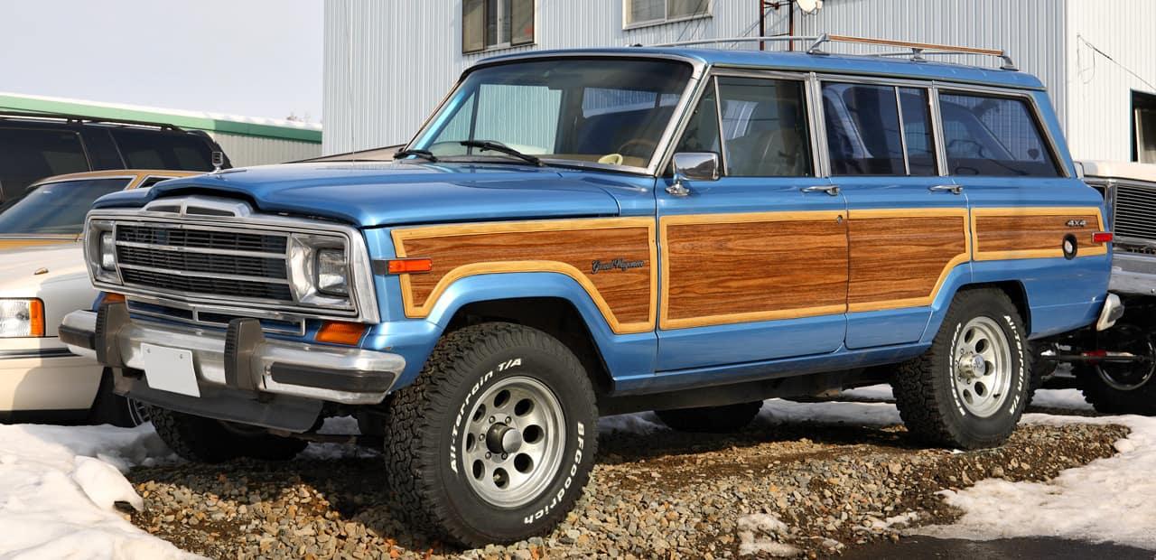 Jeep_Grand_Wagoneer_001