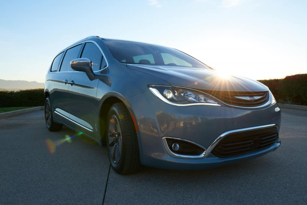 chrysler-pacifica-kendall-chrysler-hyrbid