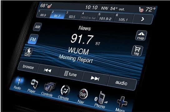 U Connect Phone >> Uconnect Keeping You Safe And Entertained In Your Chrysler