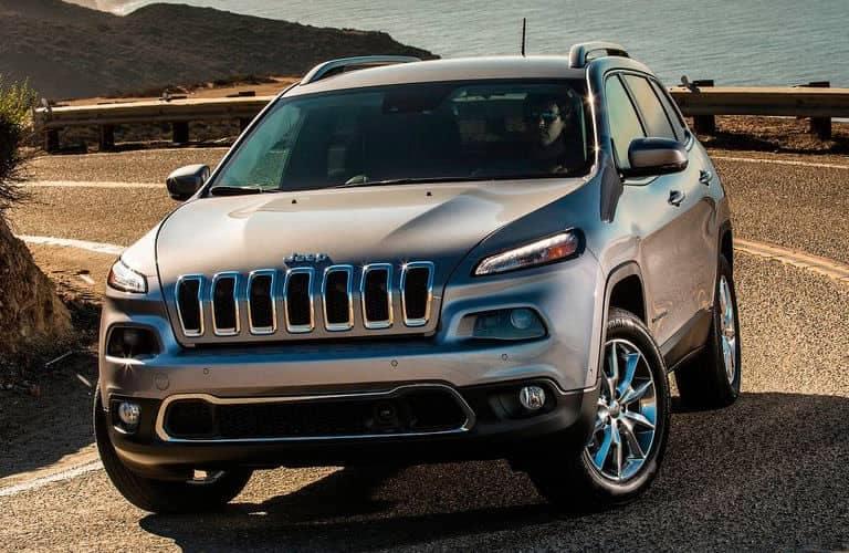 2014-Jeep-Cherokee-C
