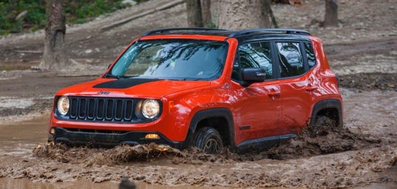 2015 Jeep Renegage in mud