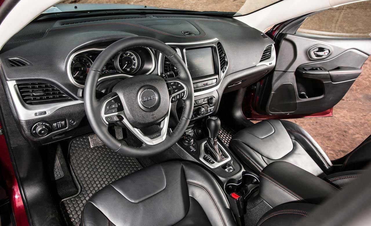 2015 Trailhawk Interior