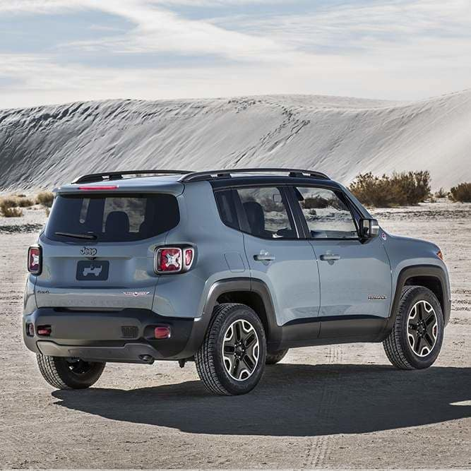 2017-Jeep-renegade-style-2kendall-jeep