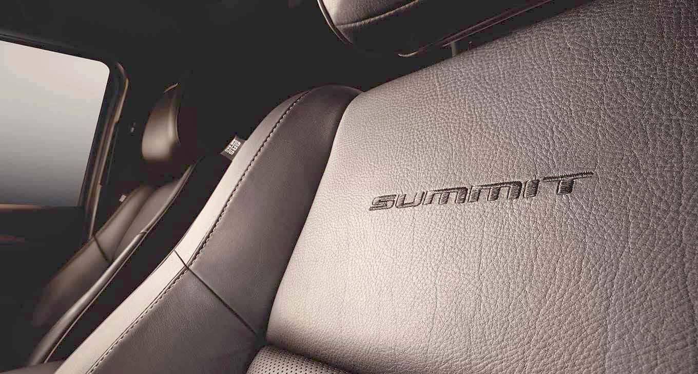 2016 Grand Cherokee Summit Seats