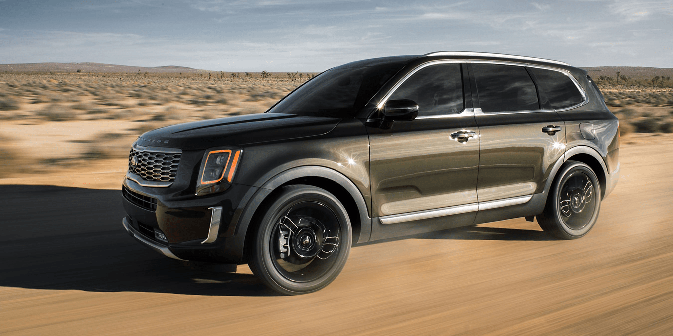 2019 Telluride on dirt road
