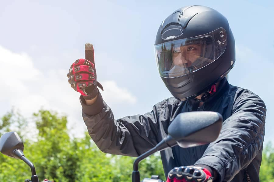 Use These Hand Signals to Keep Your Group Safe While Riding