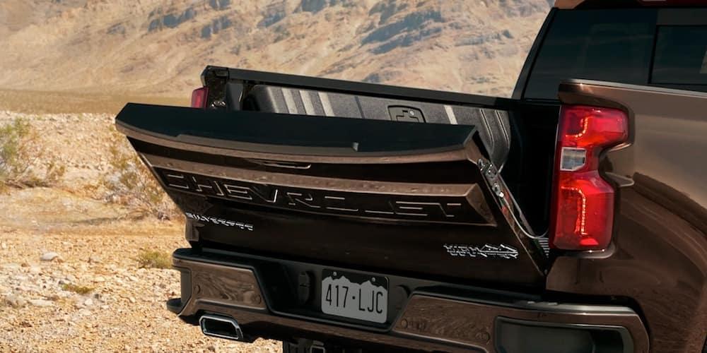 2020-Chevy-Silverado-1500-Tailgate