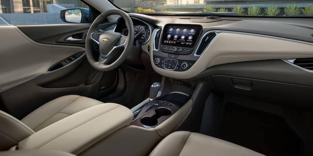 2020-Chevy-Malibu-Dash