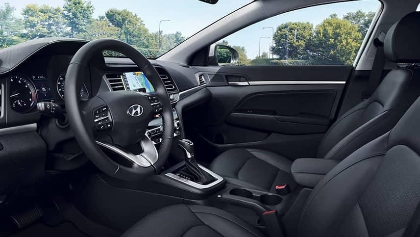 Hyundai Elantra interior dash