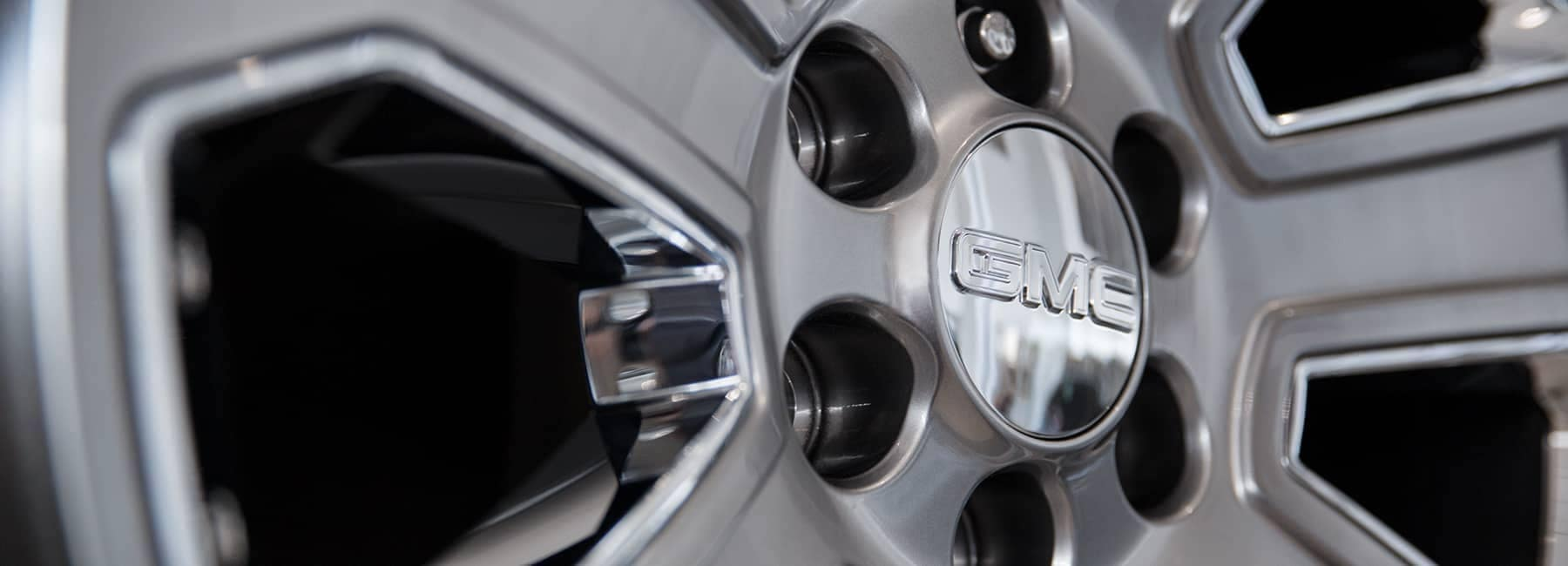 closeup of GMC Rim