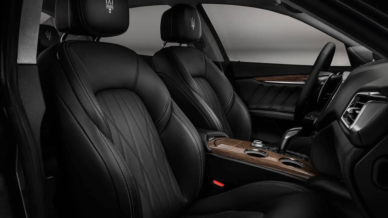 Maserati Ghibli GranLusso Interior