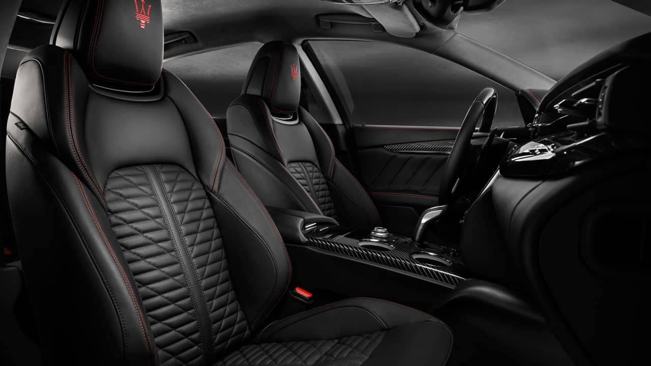 Quattroporte GranSport Front Interior