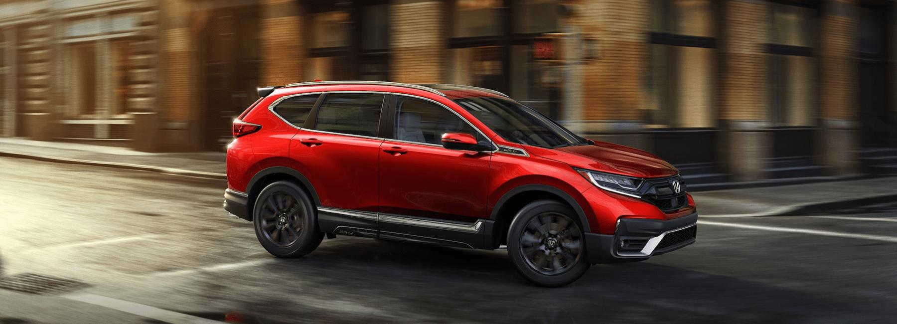 2020 Honda CRV turns city corner