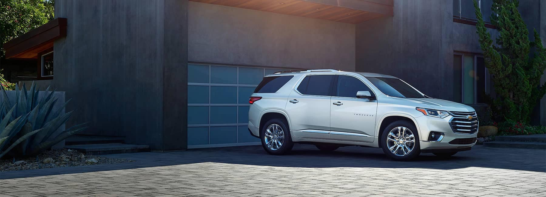 2020 White Chevrolet Traverse Parked Angle