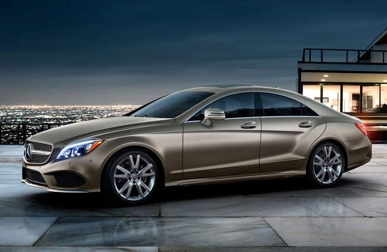 Mercedes-Benz-CLS-Coupe
