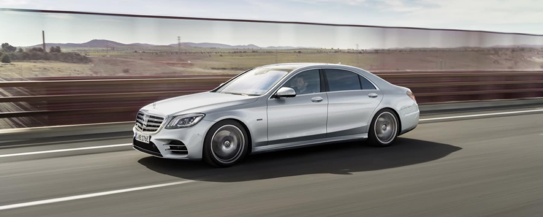 Introducing the new plug in hybrid the s 560e mercedes for 2017 mercedes benz s550 plug in hybrid