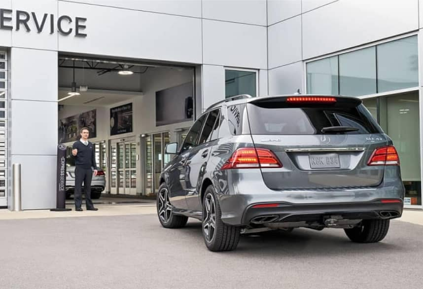 Mercedes pulling into Service Center