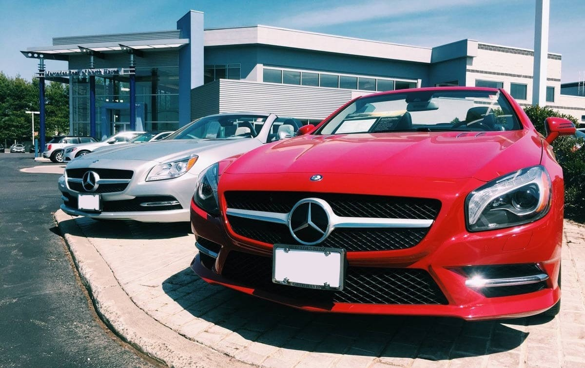 Mercedes benz and pre owned car dealer mercedes benz of for Mercedes benz north haven ct