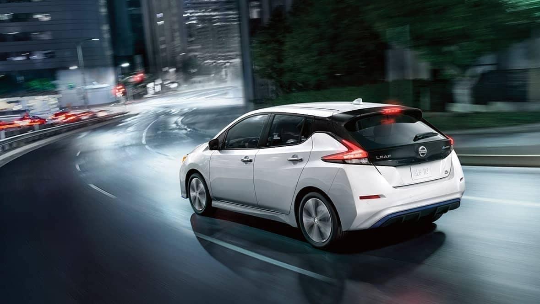 2020-Nissan-Leaf speeding around a corner at night