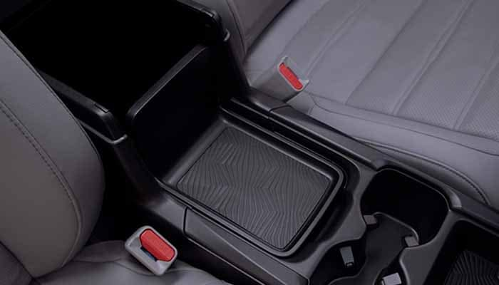 2018 Honda CR-V Center Console and cup holders