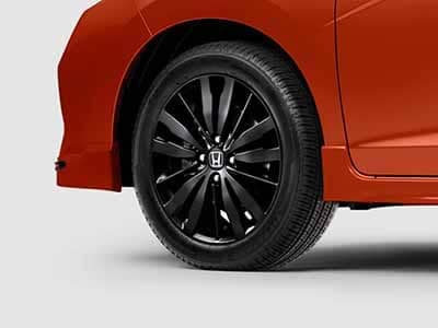 2018 Honda Fit 16 inch Black Alloy Wheels