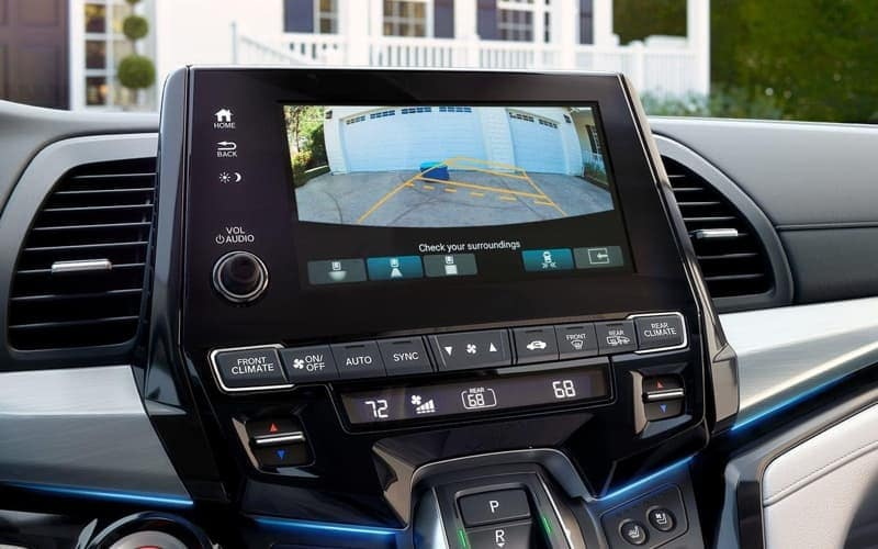 2019 Honda Odyssey rearview camera feature