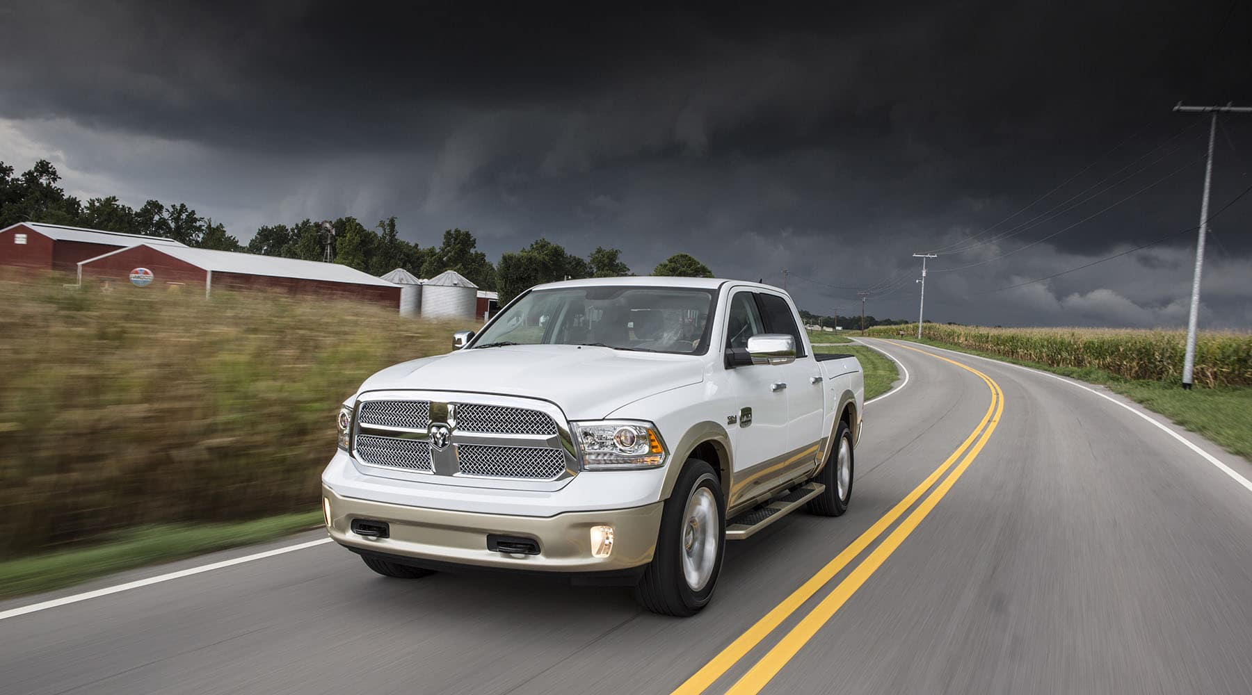 Best Family Truck >> 2017 Ram 1500 Named Best Family Pickup Truck Moritz
