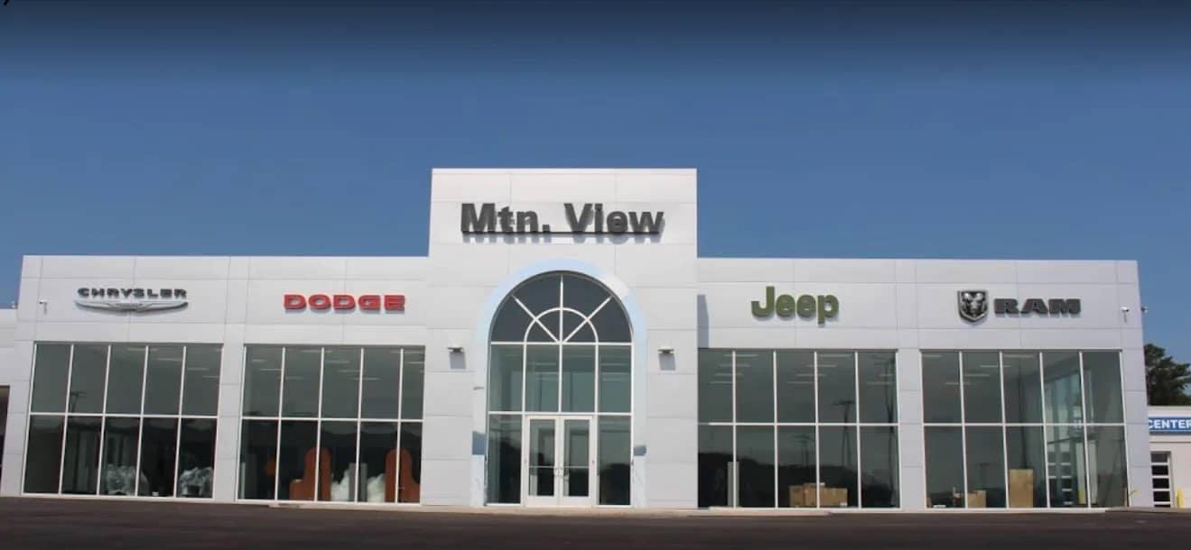 Mtn View CDJR Dealership Exterior