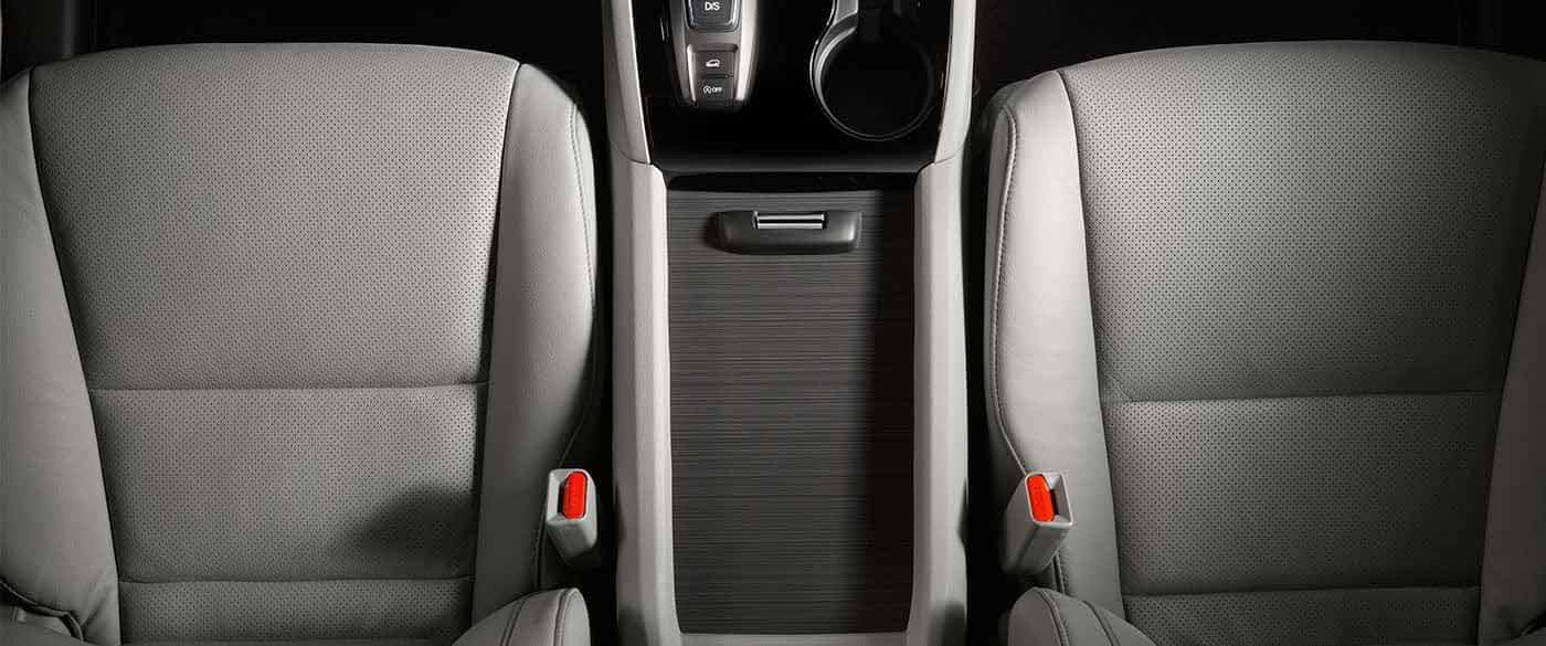 2018 Honda Pilot Front Seating and Center Console Area