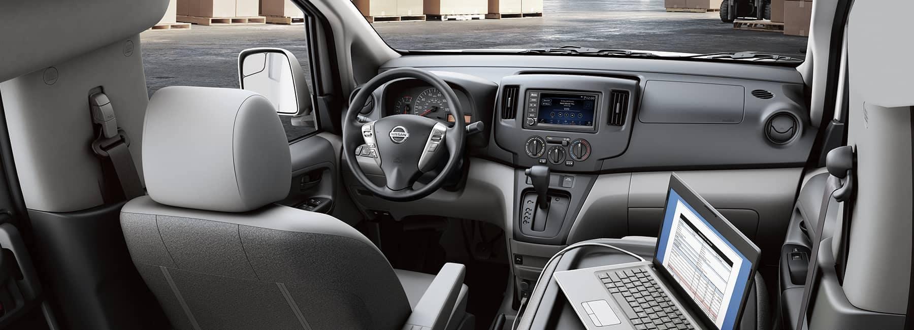 Interior 2020 NV200