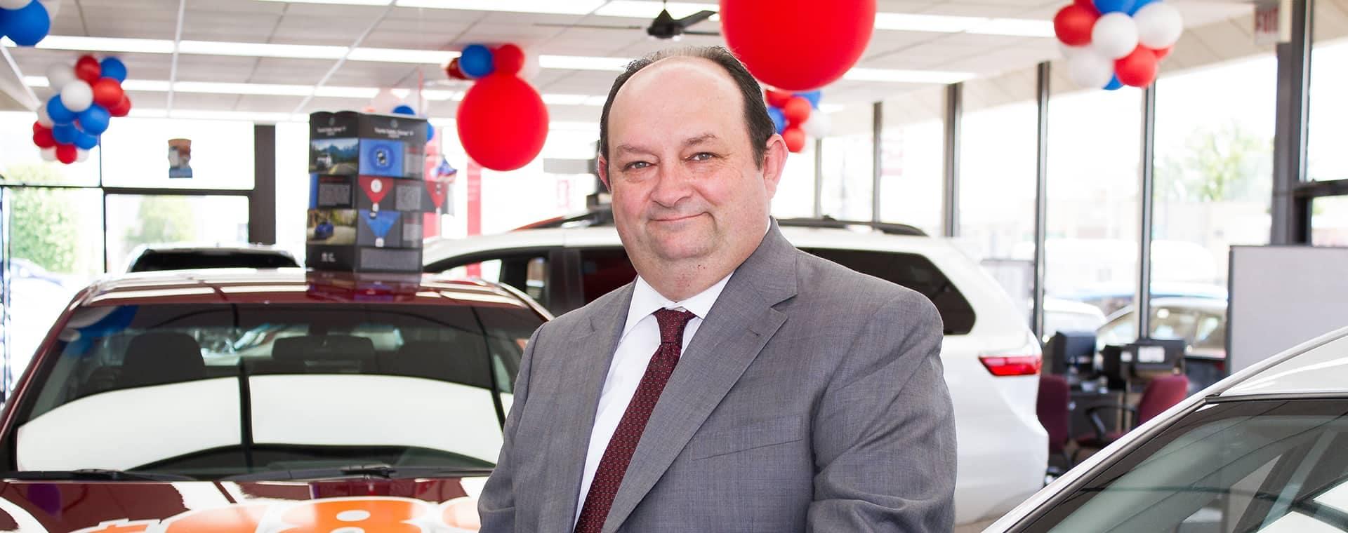 Steve Hertogs - Sales Manager-desktop