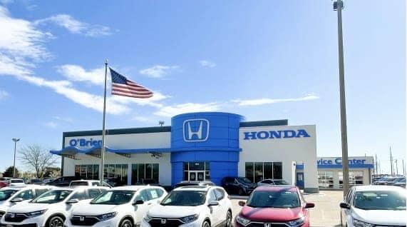 Car lot of Honda dealership