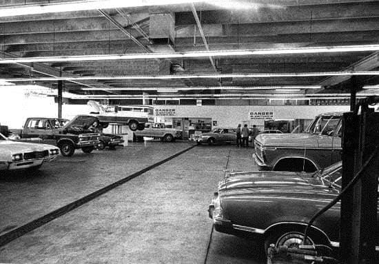 Inside Service Center old