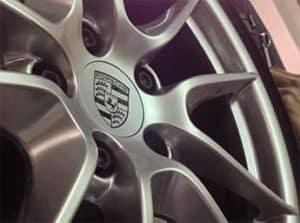 Porsche hub cap