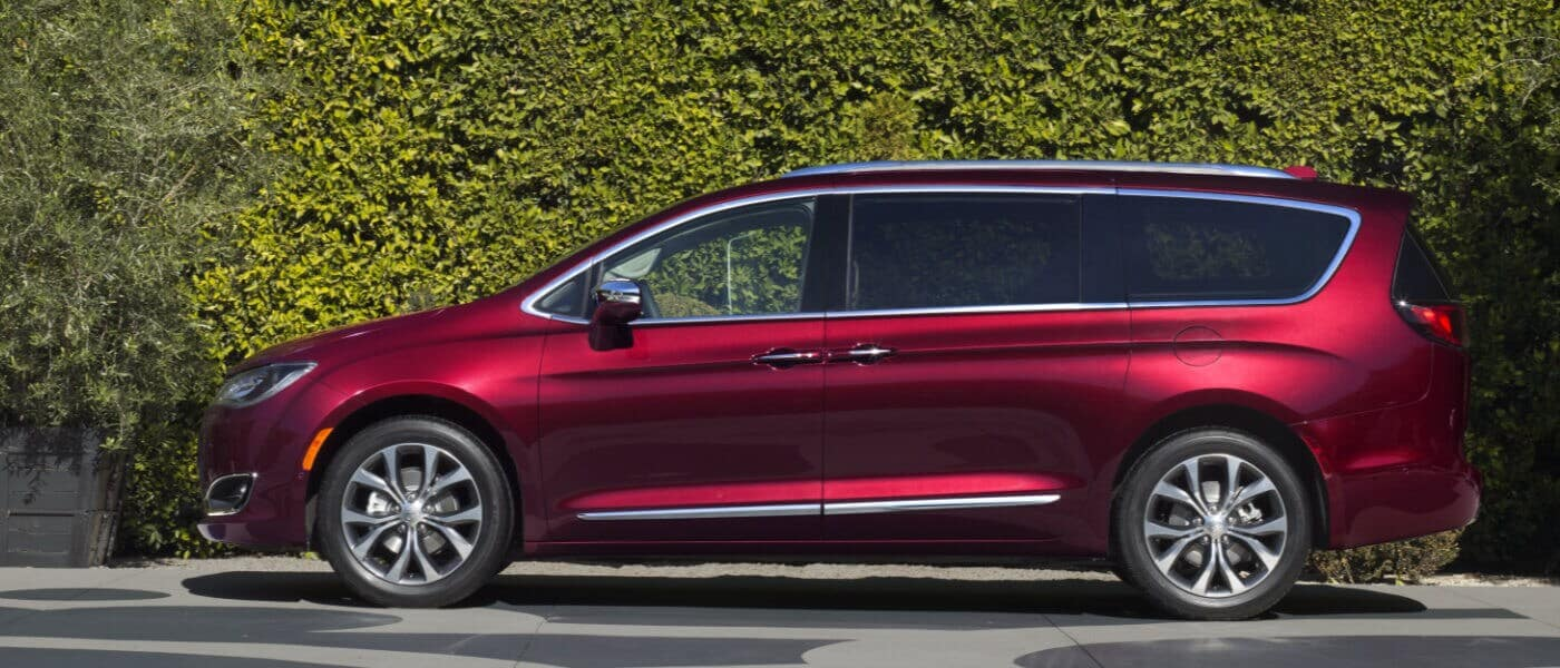 Red 2019 Chrysler Pacifica sideview