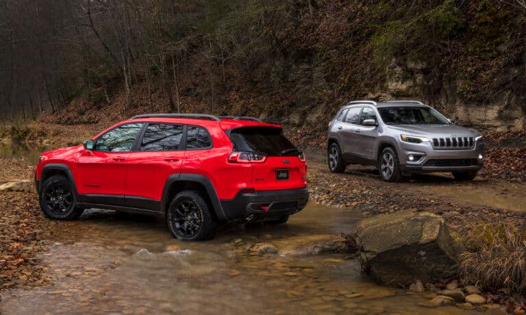 Red and Grey 2019 Jeep Cherokees