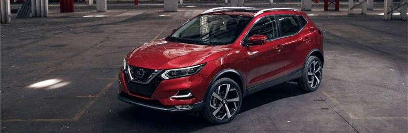 2020-Nissan-Rogue-Sport-angled-view
