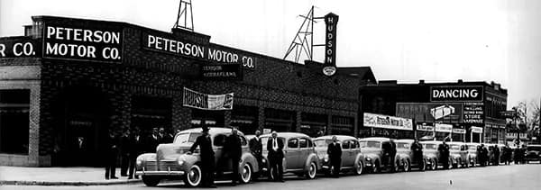 Black and White Peterson Motors