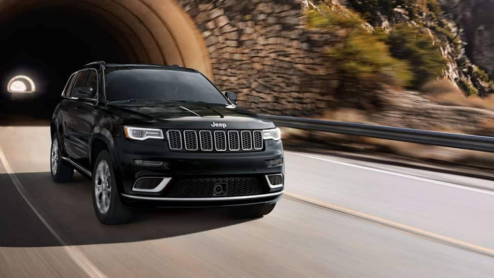 2019-Jeep-Grand-Cherokee Exterior Gallery-1