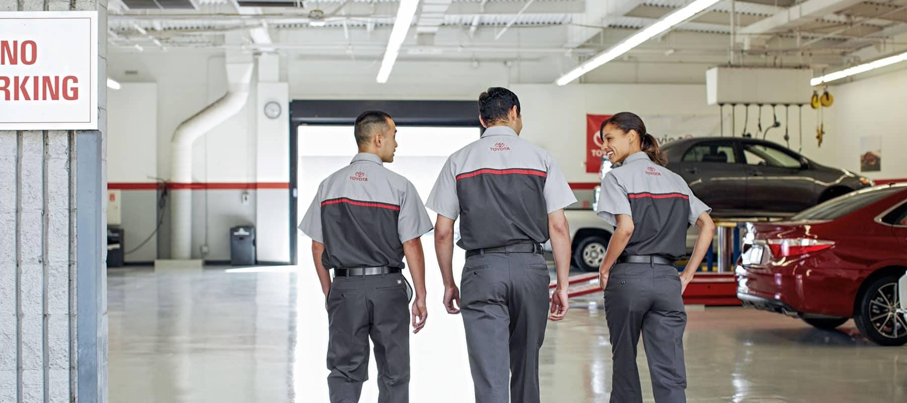 Toyota_ServiceTechs