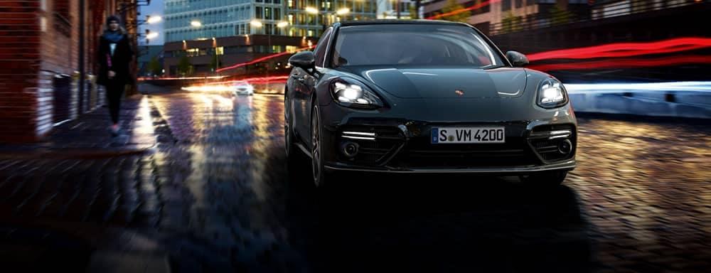 Porsche-Panamera_Turbo
