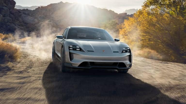 Mission E Cross Turismo