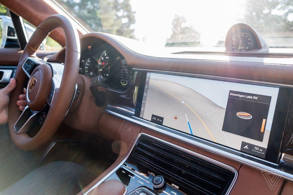 Turbo S E-Hybrid Interior