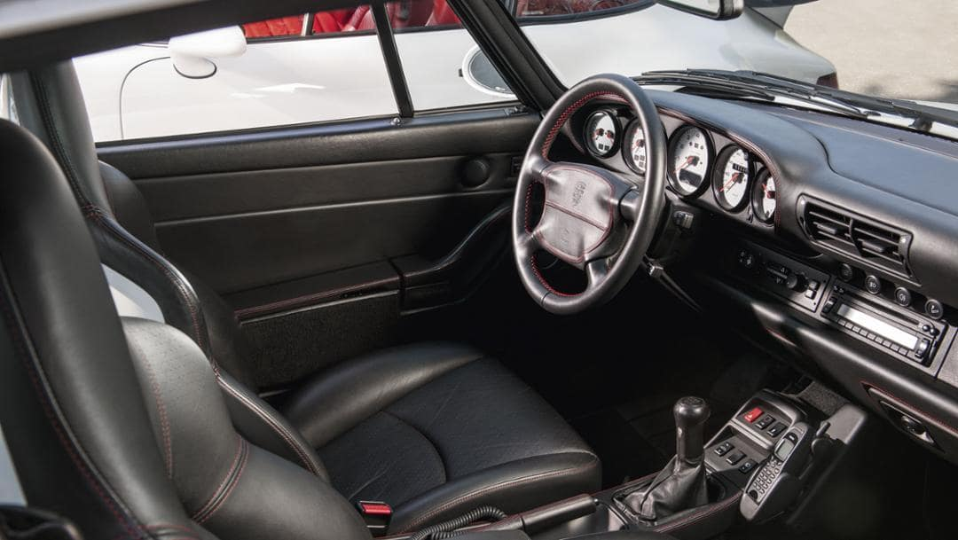 Turbo 3.6 Interior