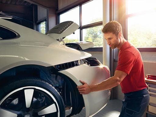 Porsche Technicians