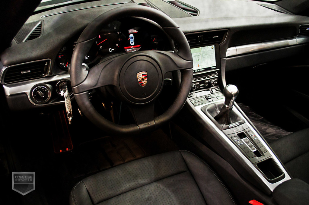 Porsche 991 7-speed manual transmission - cockpit