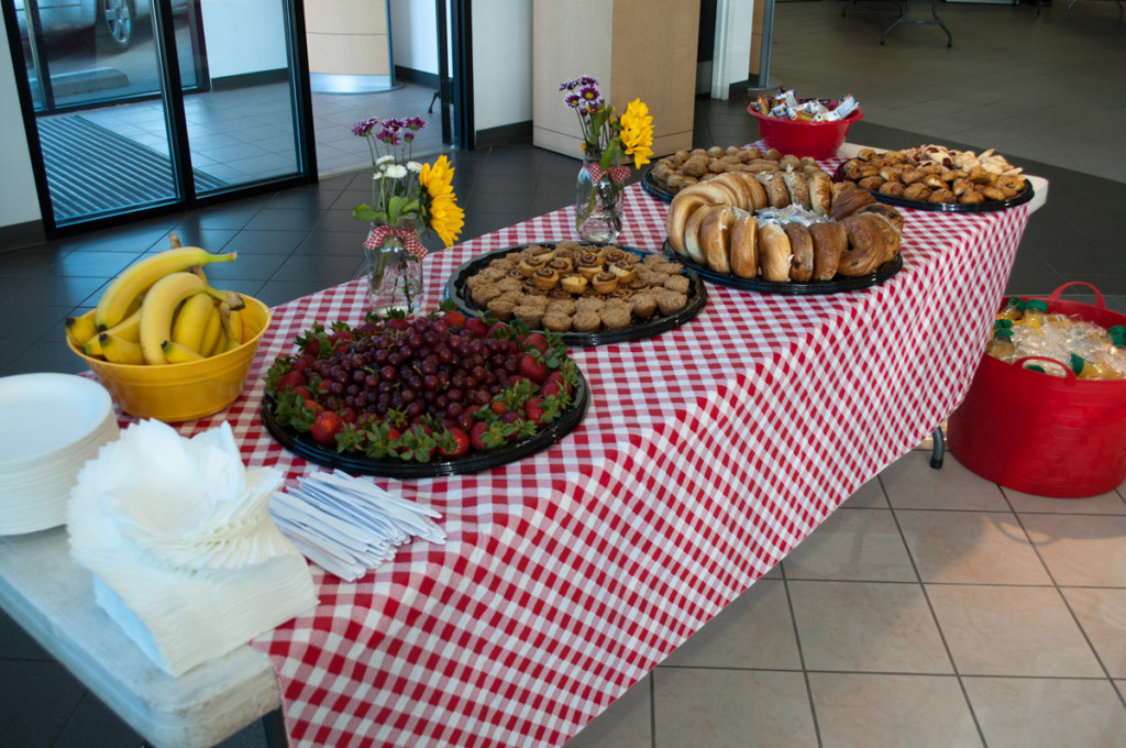 Breakfast is served at the 2012 Prestige Imports Mountain Tour