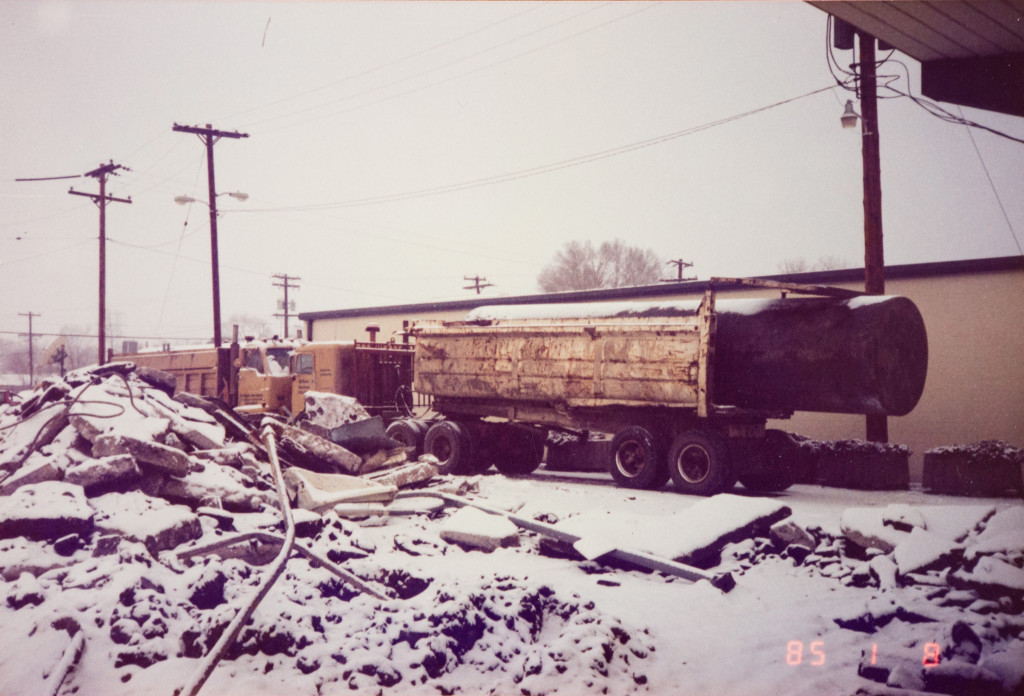 Historical Photo (1985-01-08) of construction at Prestige Imports, a Denver Porsche and Audi Dealer.