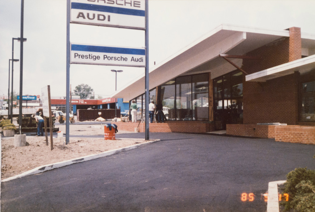 Historical Photo (1985-05-17) of construction at Prestige Imports, a Denver Porsche and Audi Dealer.