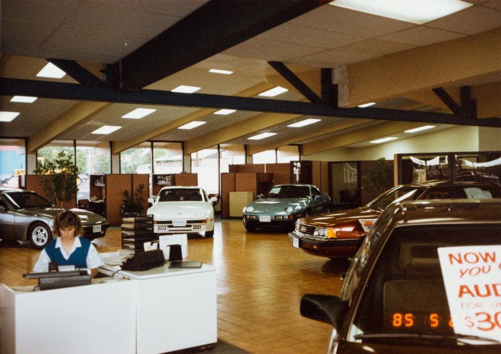 Historical Photo (1985-05) of construction at Prestige Imports, a Denver Porsche and Audi Dealer.